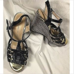 ANTONIO MELANI 6M Black Leather Platform Heels